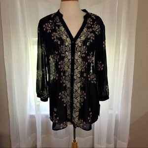 NWT Navy & floral button up blouse size large